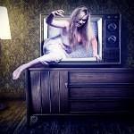 Das passiert, wenn man nachts vor dem Fernseher einschläft...